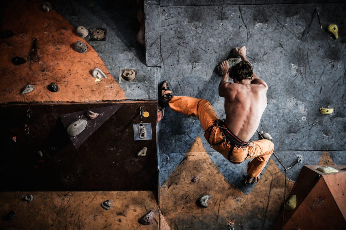 escalade indoor